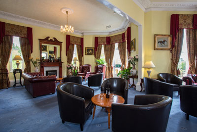 Bar and Lounge at the Elmington Torquay